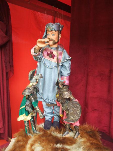 Cotemedieval - Le roi du matelas tourcoing ...